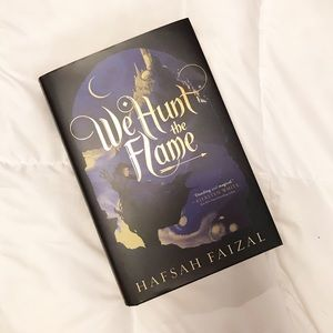 We Hunt the Flame YA Fantasy Bookshelf Decor Black